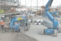 Aquatic Centre to be built December 2013