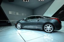 Cadillac ELR brings style, luxury to plug in hybrids