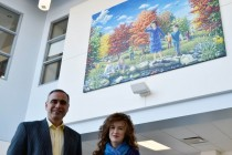 Local artist donates painting to Bellewood Public School