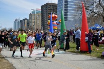 Run for Rocky's third year draws hundreds