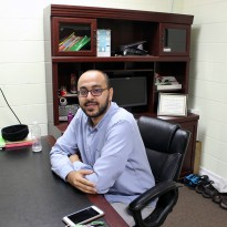 Sheikh Yousef Aly Wahb in his office at the Rose City Islamic Centre. (Photo by Kaitlynn Kenney)